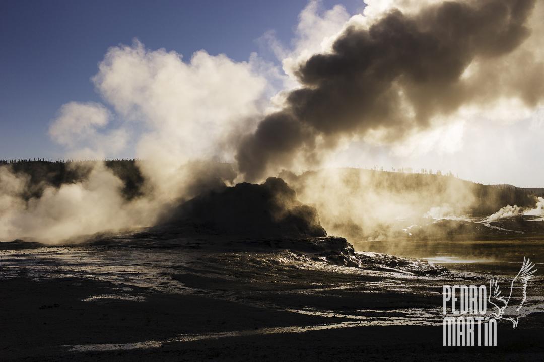 Castle Geyser en erupción