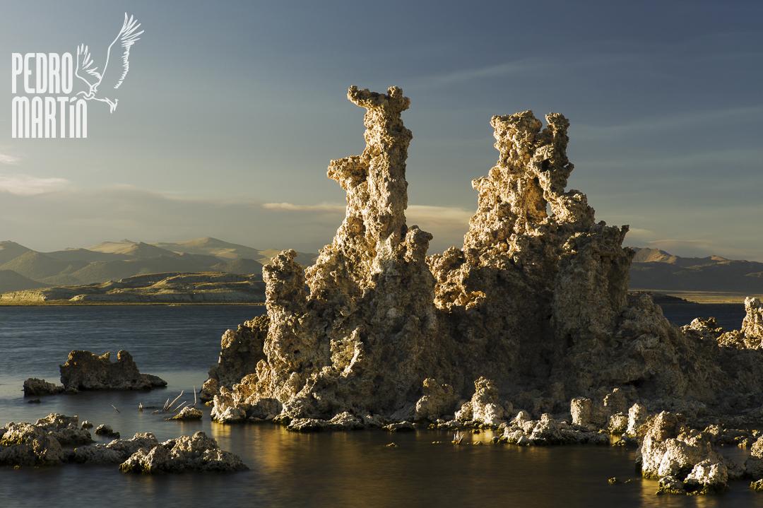 Tufas en Mono Lake